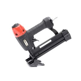 """3 PRO 18 Gauge Medium Flooring Stapler: A 3 PRO 18 gauge medium flooring stapler, model S9040P. This model features a light-weight die-cast aluminum body, rubber soft grip, quick-clear jam release, dual action trigger and flooring adaptor nose piece (3/8 – 1-1/2""""). Ideal for pre-engineered flooring and laminates. Case and goggles included."""