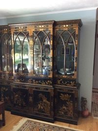 ORIENTAL JAPANESE PAINTED CHINA CABINET 1970'S