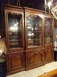 $457.00 - CENTURY FURNITURE BREAKFRONT CHINA CABINET, LIGHTED INTERIOR WITH MIRRORED BACK