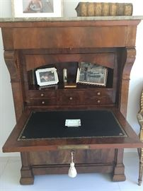 FrenchSecretaire