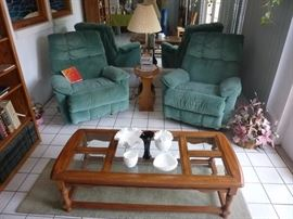 Oak Coffee/ Cocktail Table with Glass Inserts. 2 Recliners, Magazine Lamp Table, Milk Glass