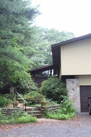 GREAT MIDCENTURY HOME ON BELMONT HILL
