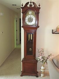 *** Bids will be taken on this item: Grand Father Clock