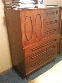 1MidCent Dresser