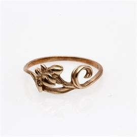 Vintage 14K Yellow Gold Carved Iris Ring: A vintage 14K yellow gold ring featuring the carved image of an iris with scrolled leaves.