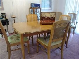 dining table w/6 chairs (needlepoint seats)