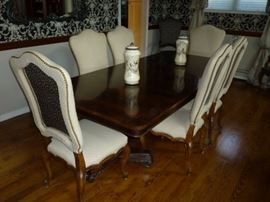 Crotch Mahogany Dining Table with 8 Chairs