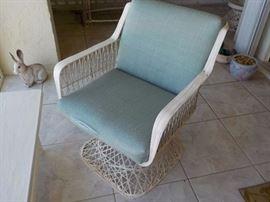 Woven Fiberglass Bar stool