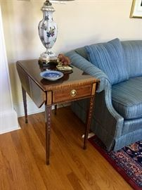 Pembroke style drop leaf end table (pair available)