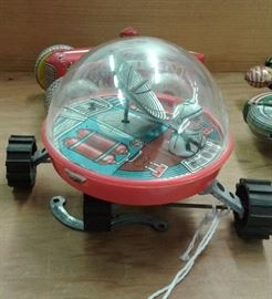 Vintage Yone Japan Tin Space Crawler Toy Wind-up
