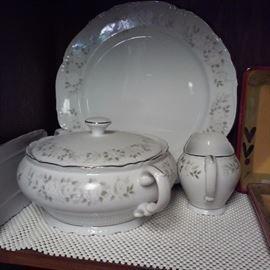 Sheffield Fine China Japan Classic 501