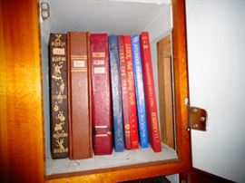 LARGE COLLECTION OF OVER 2000 BOOKS