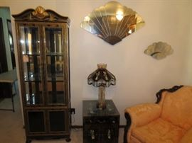 Curio Cabinet, lights, inlaid figures, Fan mirrors
