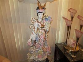 Geisha porcelain Lamp, Calla lily lamp