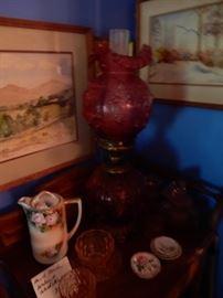 FENTON CABBAGE ROSE LAMP