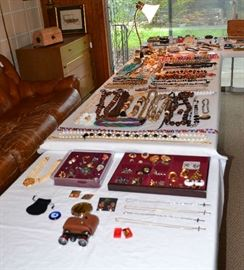 COSTUME JEWELRY AND TRINKET BOXES