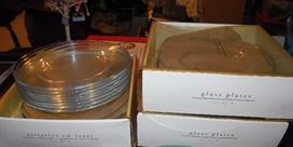 Glass plates in boxes