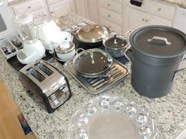 kitchenware ...