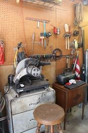 mechanics chest saw early black Singer sewing machine with cabinet