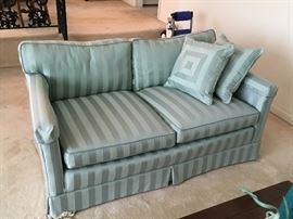 There are a pair of these nice clean love seats