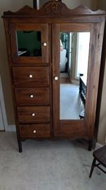 Pretty pretty cabinet!!  Great storage.  She had it in her kitchen.