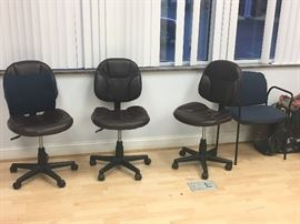 Rolling desk chairs