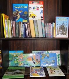 MIT008 Children's Books - Hawaii, Harry Potter & More