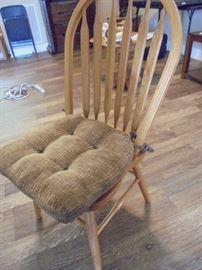 one dining chair w/cushion