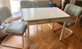 White metal Harvest table  4 cushioned white metal chairs