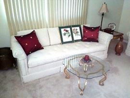 Nice Sofa w/ Tufted Cushion