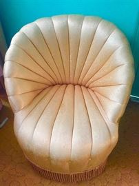 Fab Hollywood regency glamourous round champagne pink satin chairs