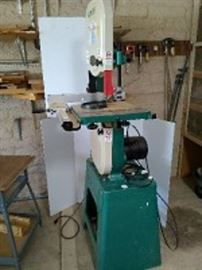 """Grizzly 14"""" Band Saw"""