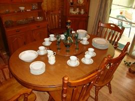 Tell City Maple Table (with 2 large leaves) and 8 chairs.