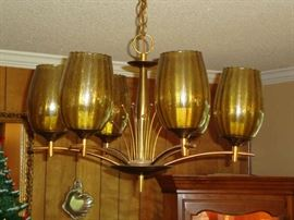 Super nice, vintage light fixture.  This would be a later pick-up (after the sale).