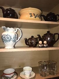 LARGE TEAPOT COLLECTION