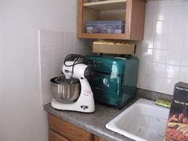 sharp half pint microwave, Sunbeam Mixer, bun warmer, vintage kitchen items.