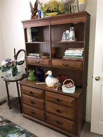WOODEN DESK WITH HUTCH