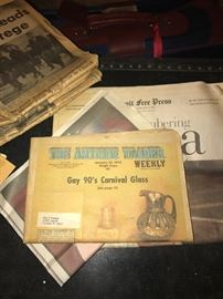 VINTAGE COLLECTIBLE NEWSPAPERS