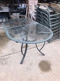 OUTDOOR PATIO FURNITURE-METAL TABLE WITH GLASS TOP AND CHAIRS