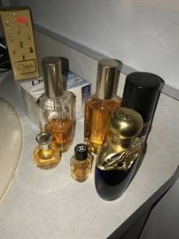 AVON COLLECTIBLE PERFUME AND COLOGNE BOTTLES