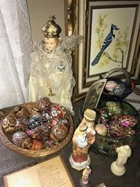 RELIGIOUS ARTIFACT AND COLLECTIBLES