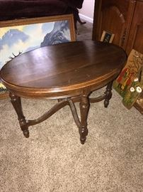 SMALL OVAL WOODEN TABLE
