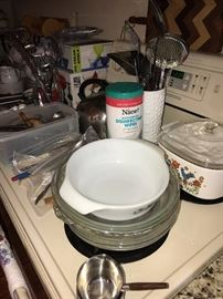VINTAGE CORNINGWARE AND PYREX