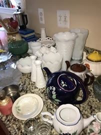 MILK GLASS AND COLLECTION OF TEAPOTS