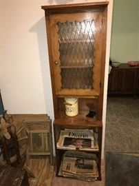 COUNTRY STYLE SLIM WOODEN CABINET