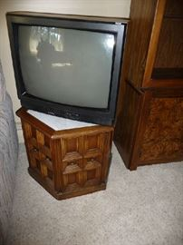 TV, END TABLE