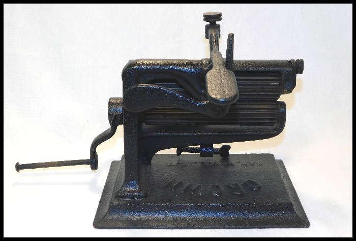 Crown Company cast iron crimper