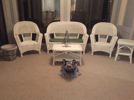 5 Pc Cottage White Wicker Set
