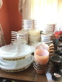 Vintage Pyrex, corningware, corelle dishes. Some in original boxes
