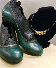 Vintage style shoes and jewlery